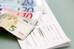 Bevor der Bußgeldbescheid ergeht, sollen Sie den Anhörungsbogen ausfüllen.