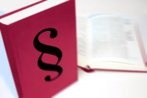 Beim Bußgeldbescheid sollte die Zustellungsdauer im Regelfall drei Monate nicht überschreiten.