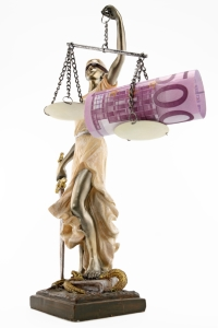 Das Fahrverbot wird im Härtefall in eine höhere Geldstrafe umgewandelt.