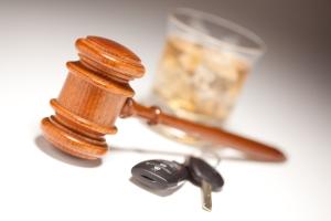 Der Führerschein kann wegen Alkohol am Steuer entzogen werden.