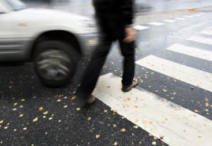 An einem Fußgängerüberweg können Sie Verkehrsteilnehmer schnell gefährden.