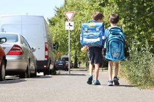 An einer Schule steigt die Wahrscheinlichkeit, innerorts geblitzt zu werden.