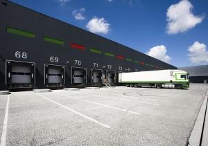 Für die Ladungssicherung beim Lkw haften Halter, Fahrer und Verlader.